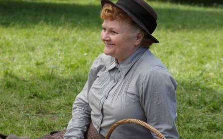 mrs-patmore-lesley-nicol-downton-abbey-ftr